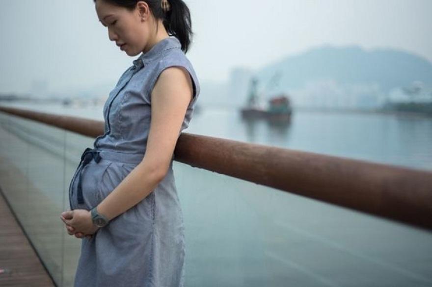 femeie_insarcinata_China_levifbe